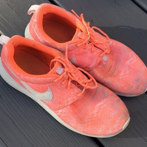 Nike orange sneakers 7y or8.5 women's